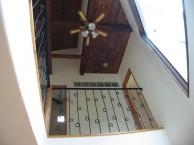 高台にある眺めのいいシンプルモダンな家4